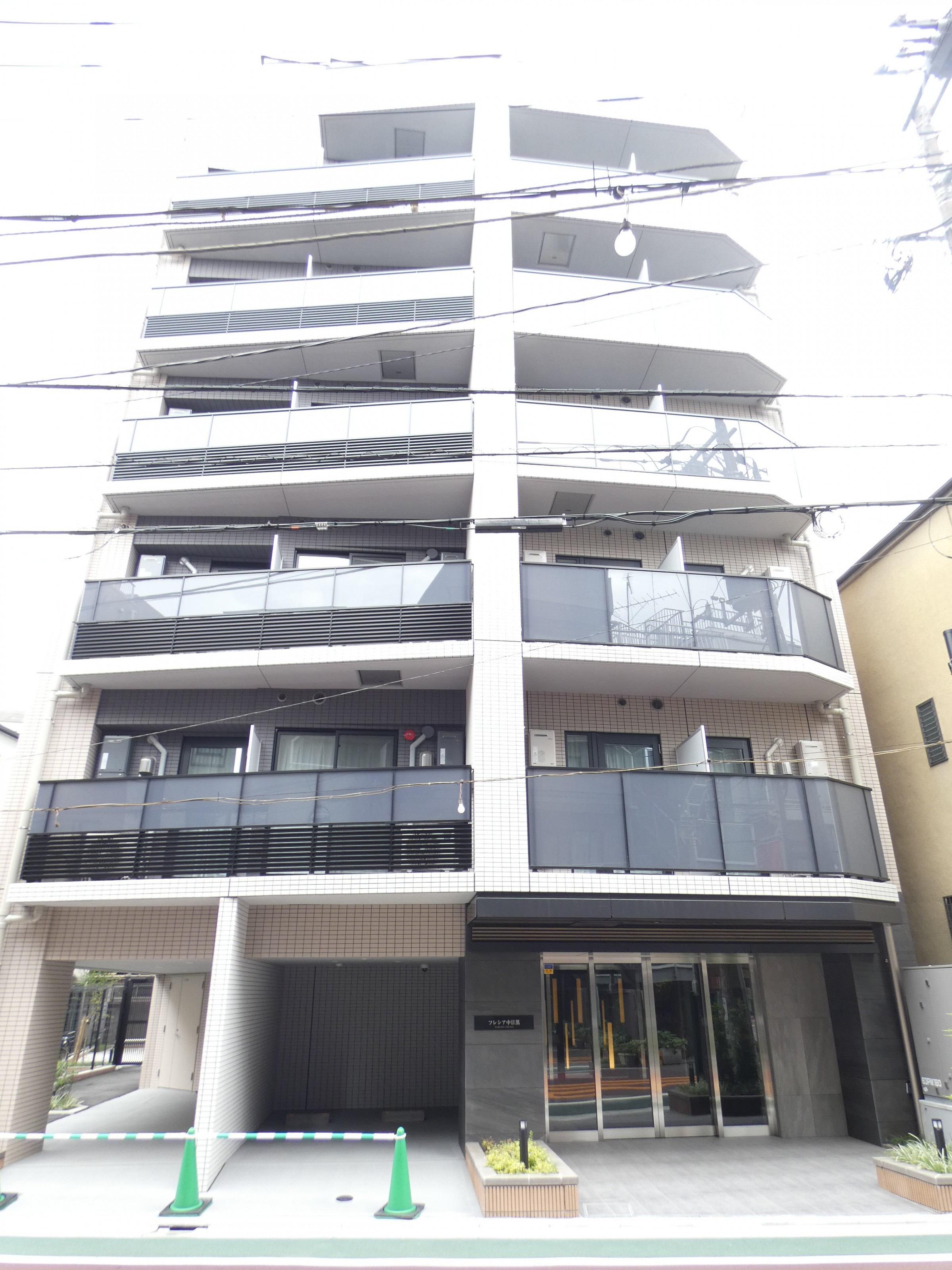 フレシア中目黒の建物写真メイン1