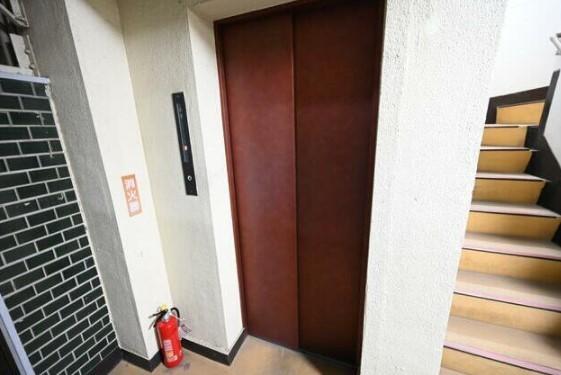 四谷芝本マンションの建物写真その他2