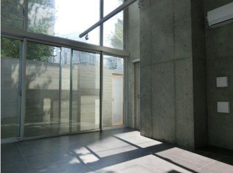 ズーム神宮前の室内写真2